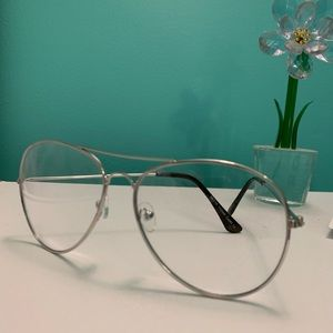 Brand new clear fashion glasses